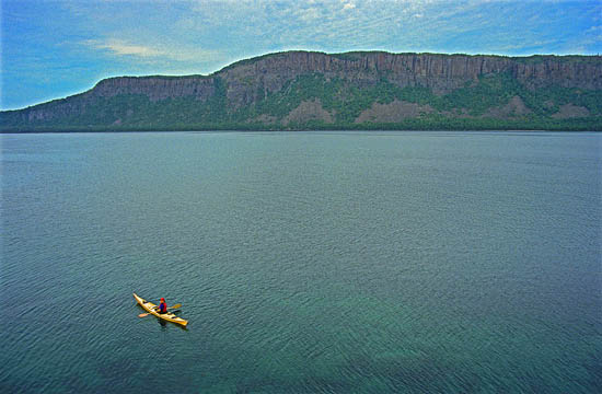 Thunder Cape A towering out-thrust of Canadian Shield rock, this lonely Lake Superior sentinel has the tallest cliffs in Ontario.