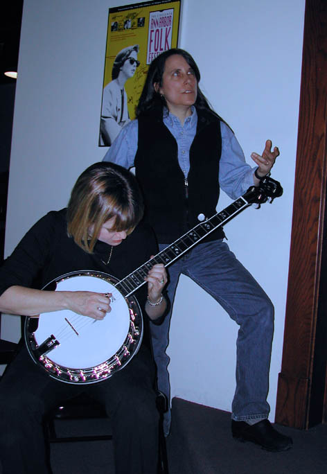 Banjo Girls - Tess and Alison Brown